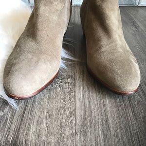 Sam Edelman Shoes - Sam Edelman 'petty' Chelsea boots tan suede 9.5